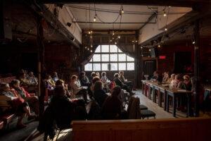 Café de la paroles : Contes et cultures autochtones @ Tente au murmures